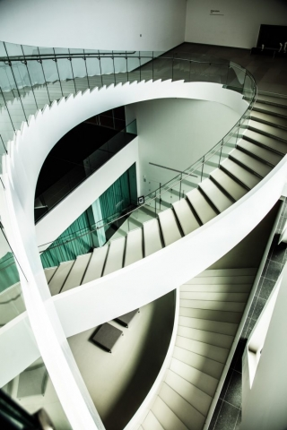 Structure Moderne de Réjean Morissette